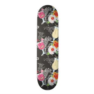 Tropische Getränke mit Tieren Skateboard Deck