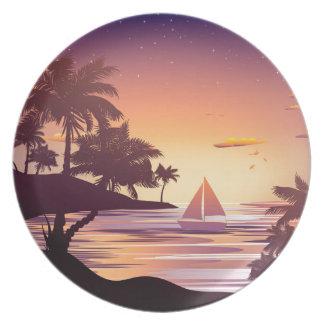Tropische Insel am Sonnenuntergang Teller