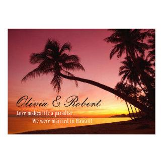Tropische Strand-Sonnenuntergang-Palmen, die den Personalisierte Ankündigungskarten