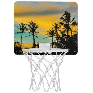 Tropische Szene zur Sonnenuntergang-Zeit Mini Basketball Netz