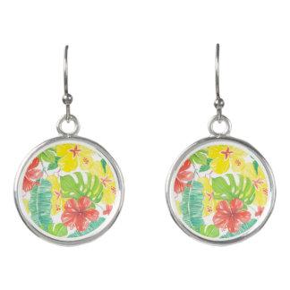 Tropischer Garten, Hibiskus Plumeria und Ohrringe