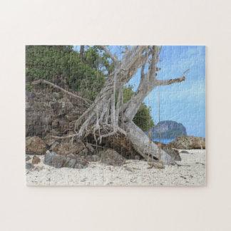 Tropischer sandiger Strand Puzzle