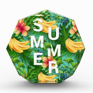Tropischer Sommertext auf Auszeichnung