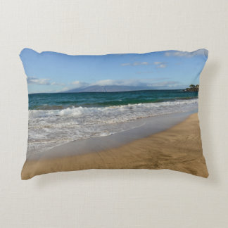 Tropischer Strand in Maui Hawaii Dekokissen