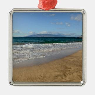 Tropischer Strand in Maui Hawaii in Maui Hawaii Quadratisches Silberfarbenes Ornament