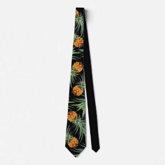 Tropisches Ananas-Muster auf Schwarzem Krawatte