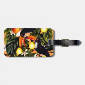Tropisches Paradies. Toucans und Zitrusfrucht Kofferanhänger