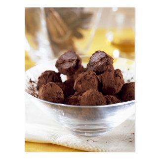 Trüffeln mit 70% schwarzer Schokolade für Gebrauch Postkarte