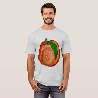 Trumpf im grundlegenden T - Shirt der