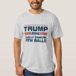 Trumpf schließlich jemand mit Ball-T - Shirt