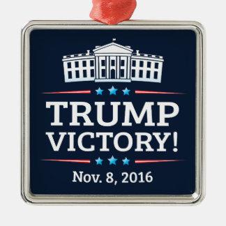 Trumpf-Sieg Quadratisches Silberfarbenes Ornament