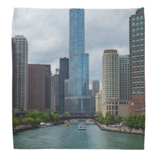 Trumpf-Turm Chicago River Kopftuch
