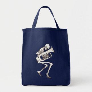 Tuba, der Skelett spielt Tragetasche