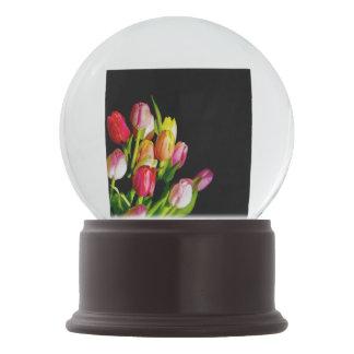 Tulpe-Malerei - ursprüngliche Blumen-Kunst Schneekugel