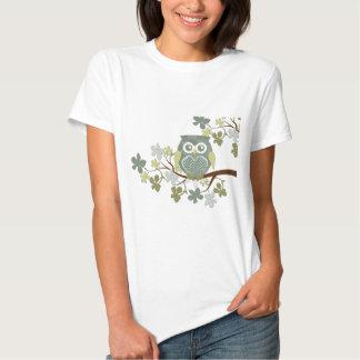 Tupfen-Eule im Baum Hemd