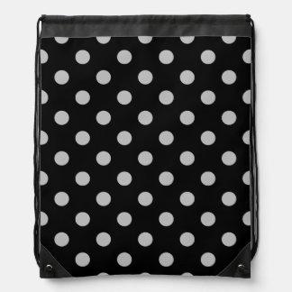 Tupfen - hellgrau auf Schwarzem Sportbeutel