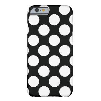 Tupfen (schwarz u. Weiß) irgendeine Größe Barely There iPhone 6 Hülle