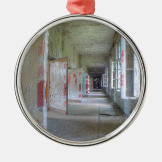 Türen und Korridore 02,1, verlorene Plätze, Silbernes Ornament