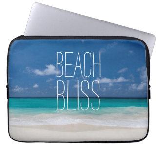 Türkis-Wasser-Strand-Glück Laptop Sleeve