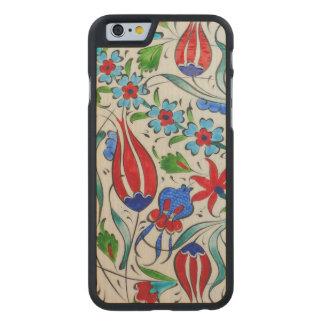 Türkisches Blumenmuster Carved® iPhone 6 Hülle Ahorn