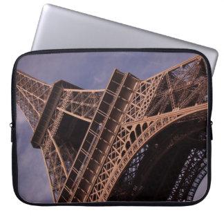 Turm-berühmtes Sehenswürdigkeit-Foto Paris Eiffel Laptopschutzhülle