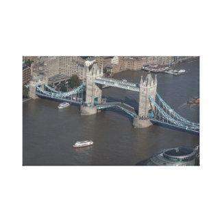 Turm-Brücke eingewickelte Leinwand