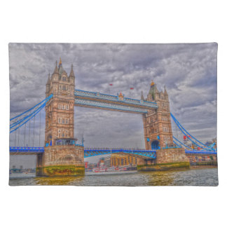 Turm-Brücke Londons, England u. der Themses Stofftischset