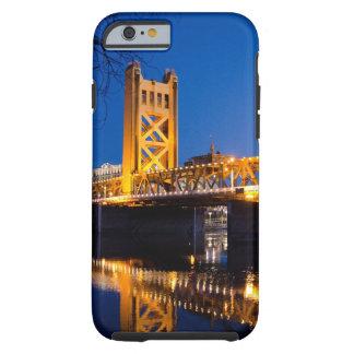 Turm-Brücke - Sacramento, CA Tough iPhone 6 Hülle