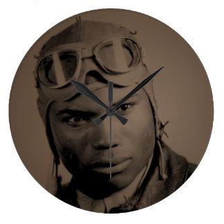 Tuskegee Flieger-Wanduhr Große Wanduhr