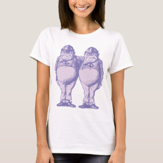 Tweedle Dee und Tweedle Dum mit Tinte geschwärzten T-Shirt