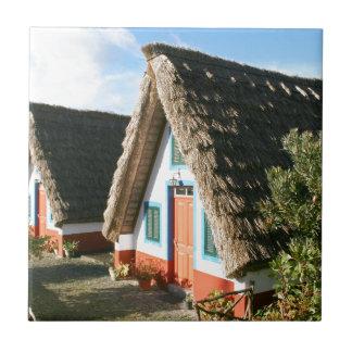 Typische Häuser Madeira-Insel, Portugal Keramikfliese