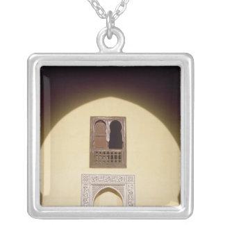 Typisches marokkanisches Fenster Versilberte Kette