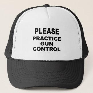 Üben Sie bitte Gewehr-Kontrolle, Geschenke Truckerkappe