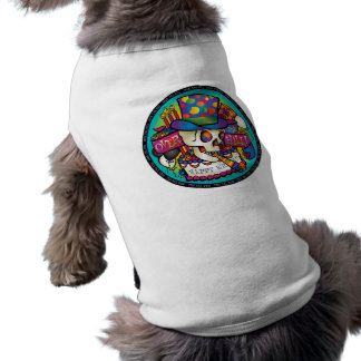 Über dem Hügel Hund T-shirts