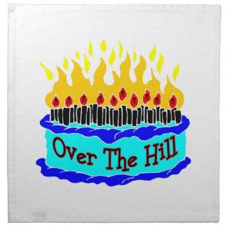 Über dem Hügel-lodernden Geburtstags-Kuchen Serviette