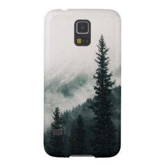 Über den Bergen und der Abflussrinne das Holz Galaxy S5 Cover