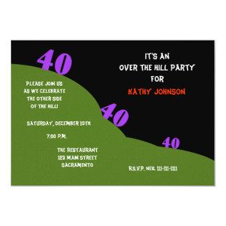 Über Hügel-40. Geburtstag lädt das Party ein 12,7 X 17,8 Cm Einladungskarte