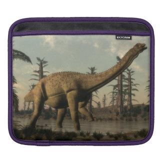 Uberabatitan Dinosaurier im See - 3D übertragen Sleeve Für iPads