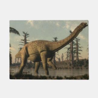 Uberabatitan Dinosaurier im See - 3D übertragen Türmatte