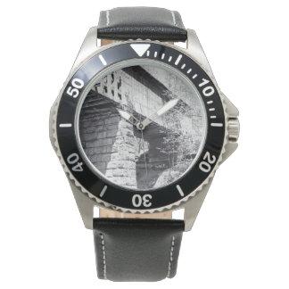 Überdachte Brücke Armbanduhr