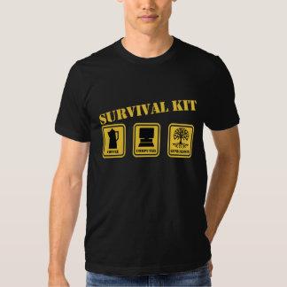 Überlebensausrüstung Shirts
