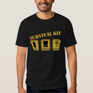 Überlebensausrüstung Tshirts