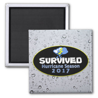 Überlebte Hurrikanjahreszeit 2017 Quadratischer Magnet