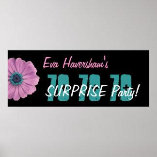 Überraschungs-Geburtstags-Party-Rosa-Gänseblümchen Poster