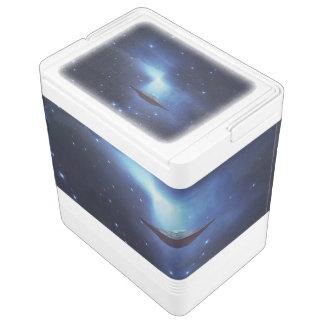 UFO-Flugobjekt im Raum Kühlbox