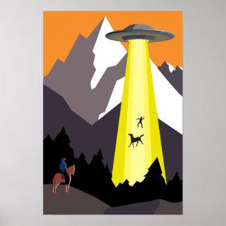 UFO in den Bergen Poster