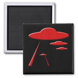 UFO QUADRATISCHER MAGNET