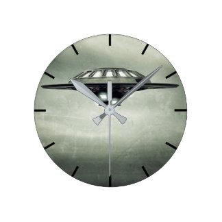 UFO-Schmutz-Wanduhr Runde Wanduhr