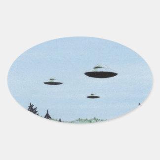 UFO-Trio Ovaler Aufkleber