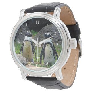 Uhr des Pinguin-595